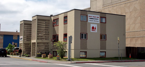 Bent Prop Inn & Hostels of Alaska - Downtown Anchorage Location